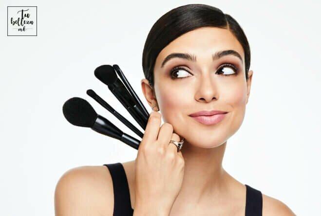 Descubre cómo cuidar tus brochas de maquillaje