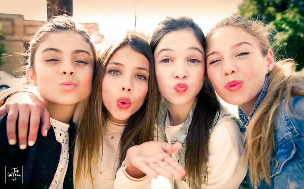 Consejos para salir bien en las fotos, píntate los labios