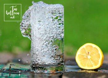 Hidrata tu piel desde dentro con el agua