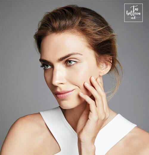 Limpia tu piel de día y de noche antes de la hidratante