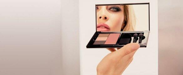 Estuche compacto para llevar tus básicos de maquillaje