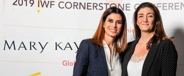 Gema Aznar, Directora General de Mary Kay España, y Beatriz Bayo, Directora de Responsabilidad Corporativa de Mango, discuten sobre los retos que enfrentan las industrias de moda y belleza