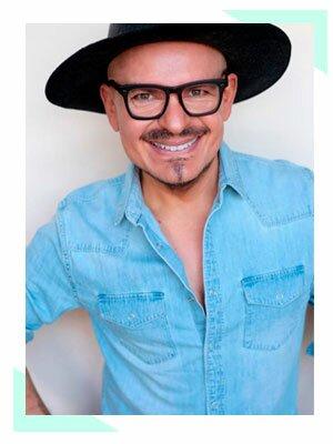 Luis Casco, Embajador de Belleza Internacional de Mary Kay